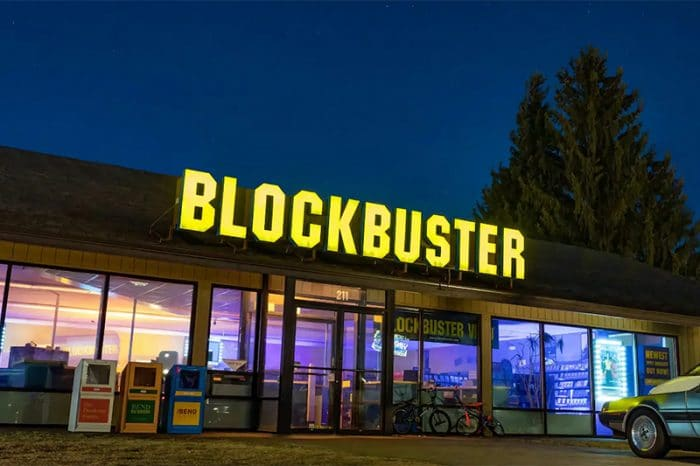Last Blockbuster store in the world will hit Airbnb