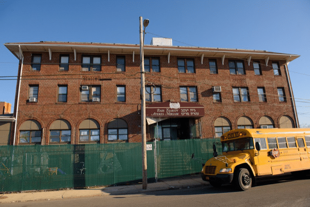 New York loosens its lockdown of Jews in Far Rockaway following lawsuit by Jewish schoolgirls