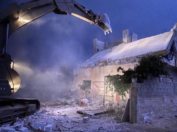 House of terrorist who murdered Rabbi Shai Ochayon is demolished