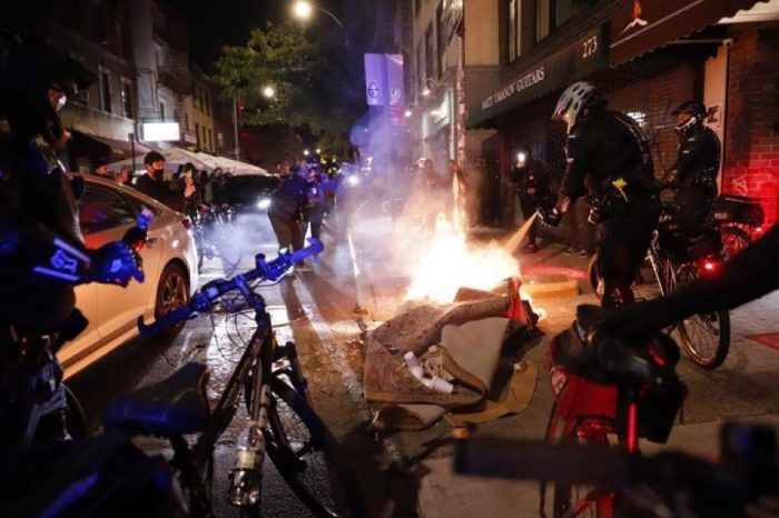 NYPD make multiple arrests at protests throughout Manhattan